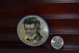 JOHN F KENNEDY JFK FLASHER Political PIN Button PINBACK Badge 1960 Lenti... - $18.07