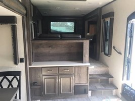 2018 5th wheel Montana High Country For Sale In Canton, GA 30115 image 8