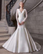 Simple Satin Lace Luxury Princess Mermaid Bridal Gown New Arrival image 2