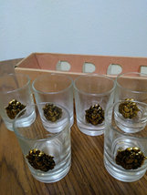 Vintage Raised Medallion Coat Of Arms Coin 6 Gold Shot Bar Glasses Collectible image 3