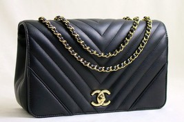 CHANEL Black Calfskin Chevron Full Flap Shoulder Bag Light GH AUTHENTICA... - $3,252.48