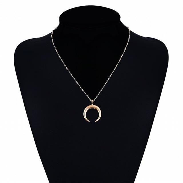 2019 new multi-layer crystal moon pendant necklace ladies retro charm necklace n