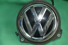 12-16 Volkswagen VW Beetle Trunk Lid Latch Release Switch Emblem Badge Lock image 2
