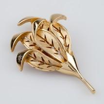 Trifari Gold-Plated Leaf Brooch! Nice Condition! - $98.99