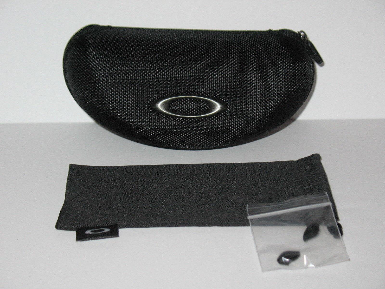 Oakley Sunglasses Flak Jacket XLJ Jet Black w/ Black Iridium Polarized lenses