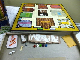VTG PARKER BROTHERS NO. 45 CLUE AGES 8 TO ADULT FOR 3 TO 6 PLAYERS USED ... - $5.83