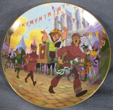 Topsy Turvy Parade Collector Plate Hunchback Of Notre Dame Bradford Disney - $19.95