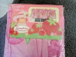 Strawberry shortcake 84 x 15 inch (213 x 38 cm) valance  - $13.85