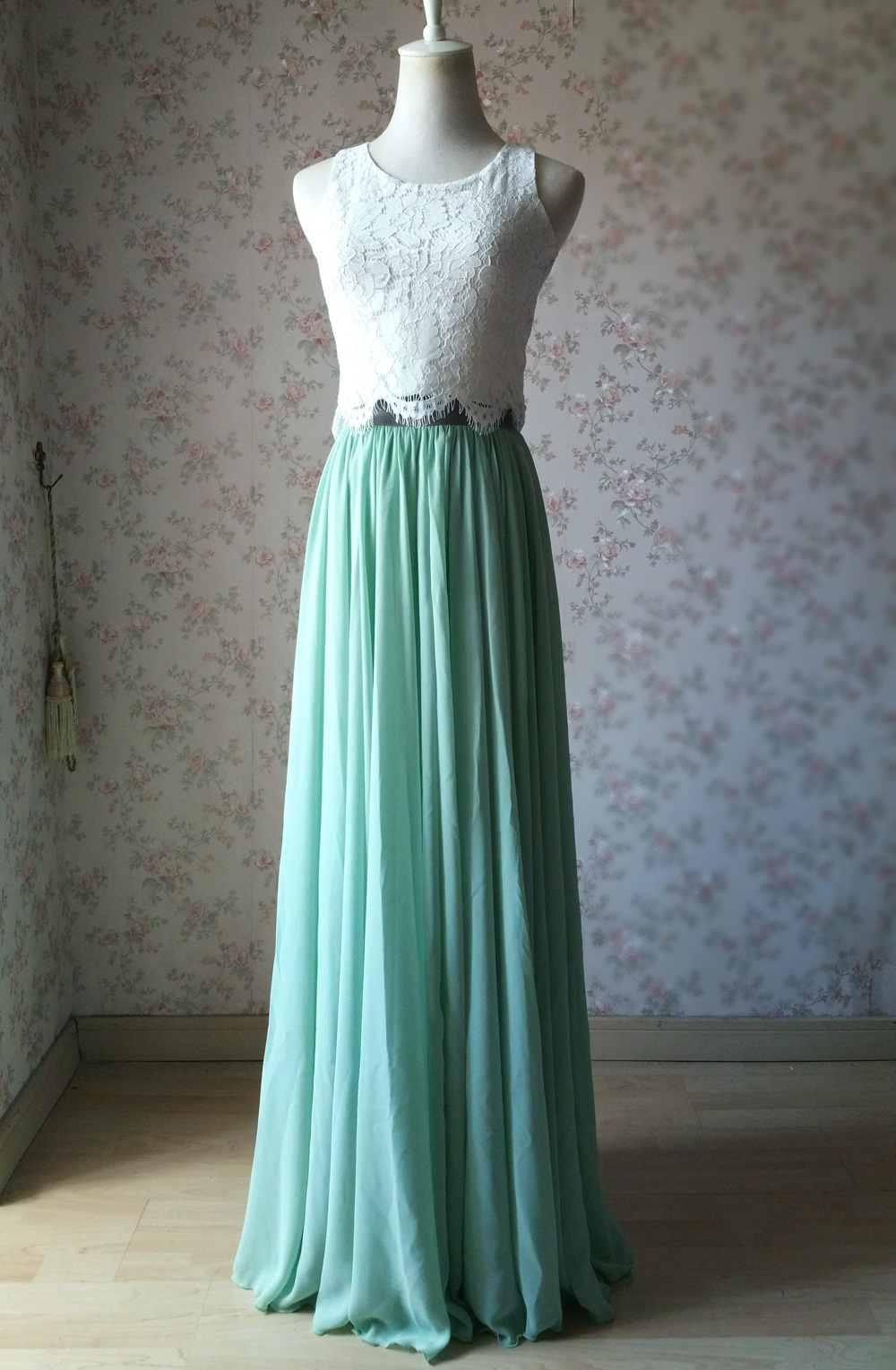 White lace top tank dressromantic 1000 1