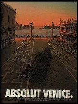 Absolut Venice Pigeons Plaza 1995 Vincent Dixon Photo Ad Absolut Vodka - $14.99