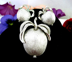 Apple Pin & Clip On Earrings Set Sarah Coventry Adam's Delight Brooch Silvertone - $16.99