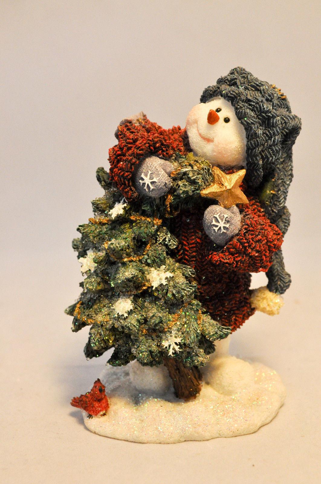 Boyds Bears & Friends: Douglas ... Sprucin' Up The Tree - Style 36524 image 4