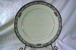 Lenox 2000 Country Romance Dinner Plate - $11.77