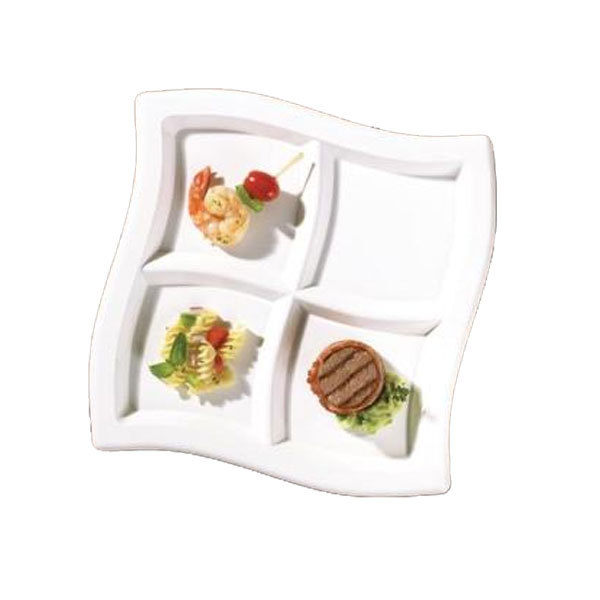 Clear 10 Inch 4 Compartments Square Waves Plastic Plates/Set of 120
