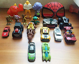 Lot of 21 Assorted Figures Toys,hot wheels cars,military figures,Ninja t... - $9.49