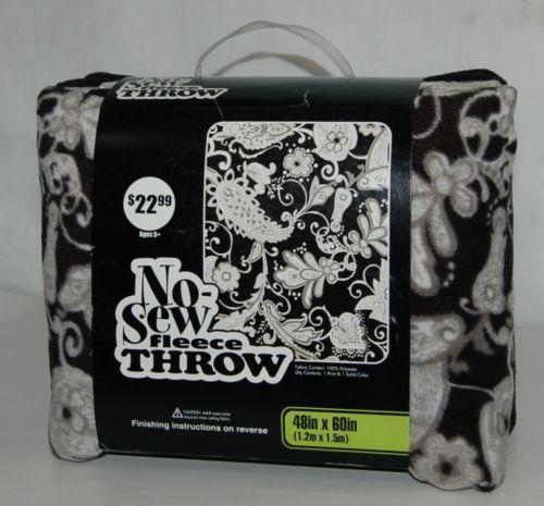 No Sew Fleece Throw Kit 11059045 Black White Paisley 48 X 60 Inches