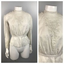 1900s Blouse Top / Antique White Cotton Embroidery Button Up Shirt / XS  - $79.00