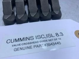 (SET OF 10) CUMMINS ISC ISL 8.3 VALVE CROSSHEAD GUIDES 3943445 OEM image 2