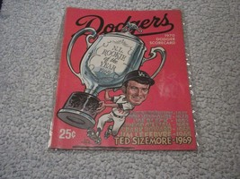 Los Angeles  Dodgers vs Cincinnati Reds 1970 Dodger Scorecard Ted Sizemo... - $19.64