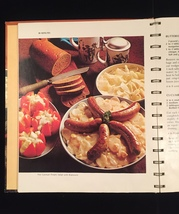 Vintage 1970 Betty Crocker's Family Dinners in a Hurry Cookbook- hardcover image 5