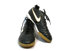 Nike Tiempo Men's Indoor Soccer Football Shoes Black Leather Size US 13 - $24.74