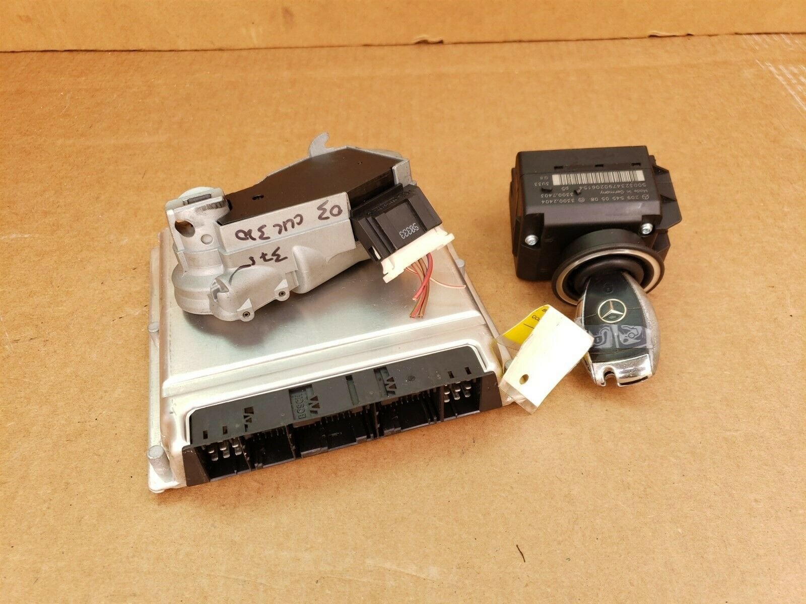 05 Mercedes CLK320 E320 Engine Computer Ignition Switch FOB ECU EIS ISL Set