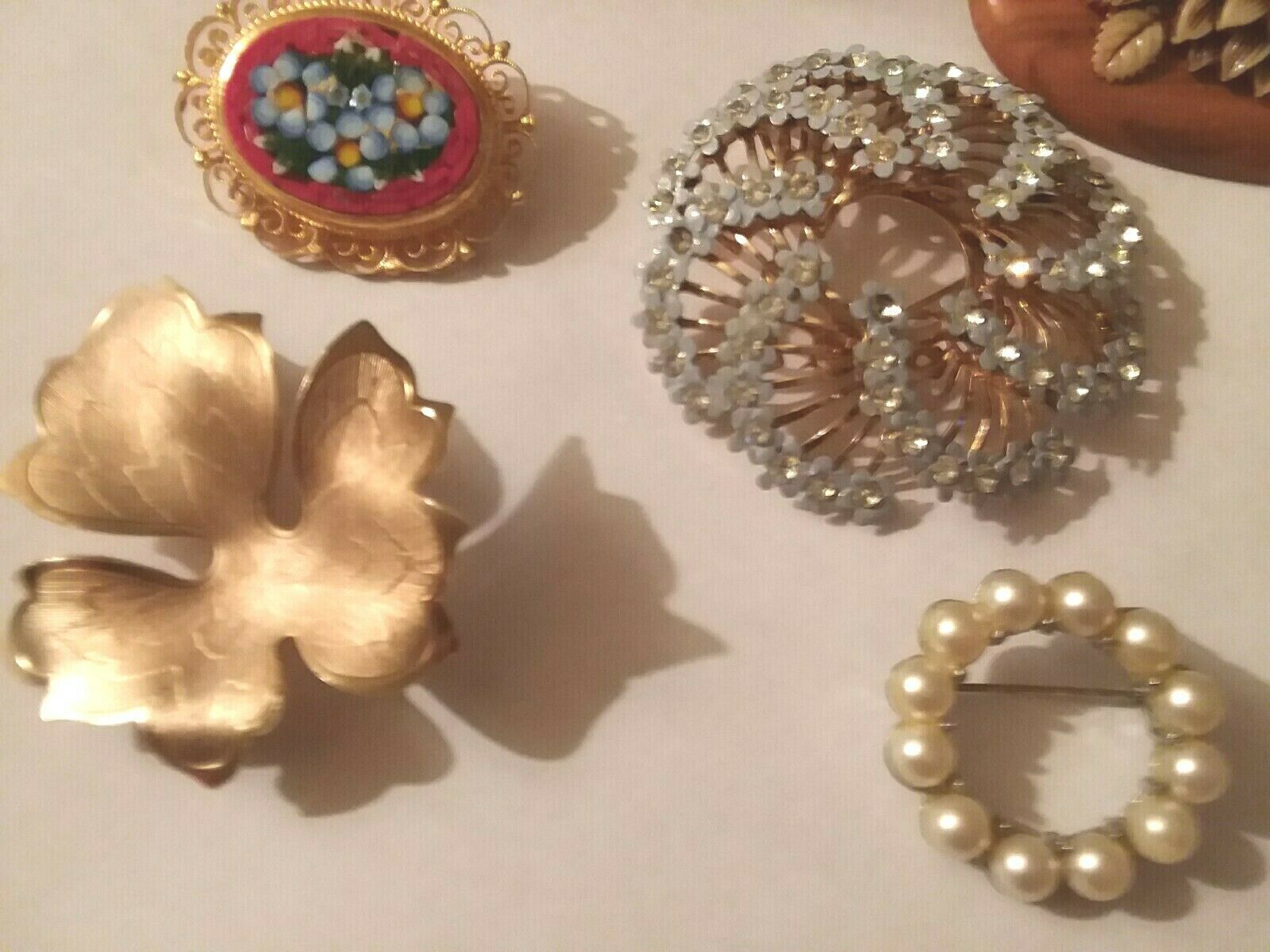 Lot of 9 Vintage Pins Brooches