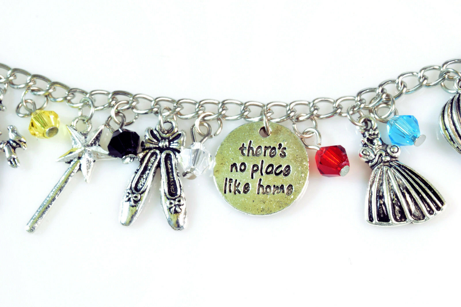 The WIZARD OF OZ Silver Beaded Charm Bracelet 7.5 inch NEW image 3