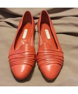 Nicole Red wrinkle leather flats 8.5 - $18.99