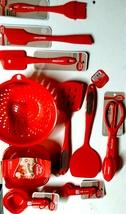 Betty Crocker 10 Piece Red Cooking Utensil Bundle - $498,69 MXN