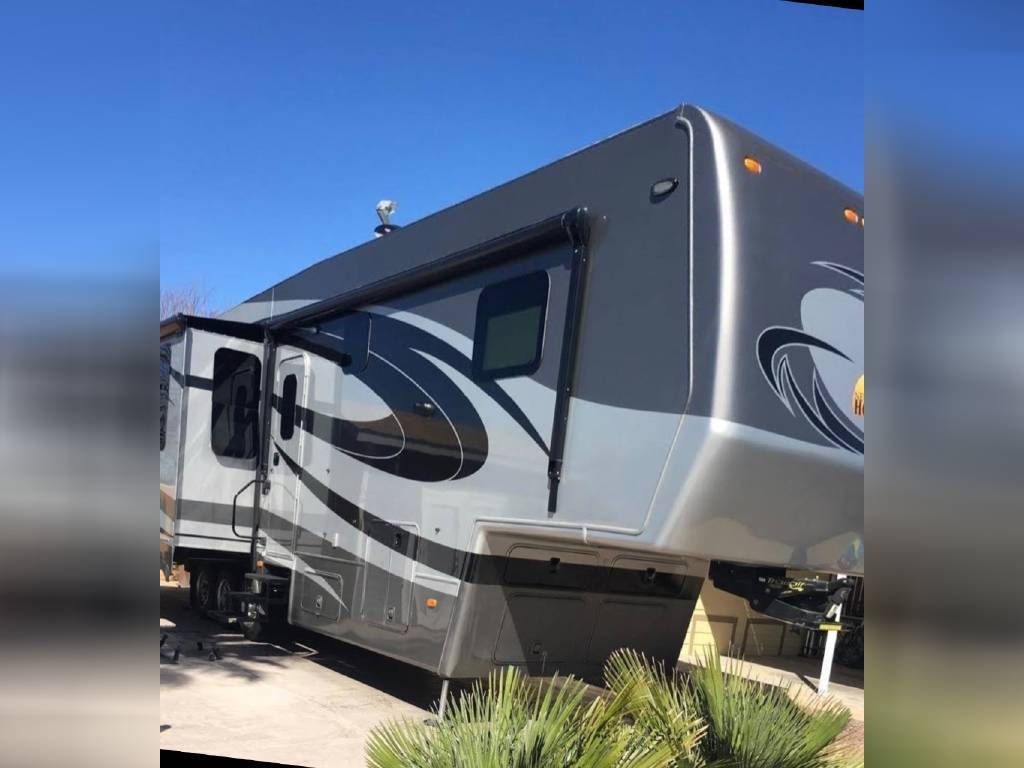 2017 NEW HORIZONS MAJESTIC FOR SALE IN Portland, OR 97239