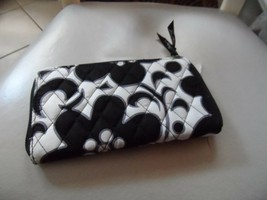 Vera Bradley Accordion Wallet in Night and Day - $25.50