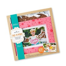 Hallmark Pics N Props EDY2004 Show Mom Love Kit and Photo Frame Mother's... - $19.79