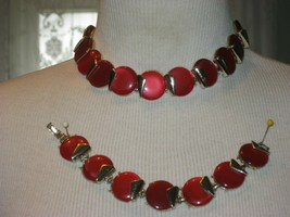VINTAGE Red NECKLACE & BRACELET SET THERMOSET JEWELRY CHAPEL DEMI PARURE... - $46.71
