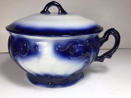 """Flow Blue Chamber Pot w/ handle & lid / 8.25"""" x 8"""" / Antique / Unmarked - $108.89"""