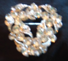 Eisenberg Ice brooch marked in Perfect condition - $29.70