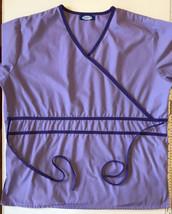 Factory Uniforms Womens Lavender/Purple V-neck Scrub Top Size Large - $9.70