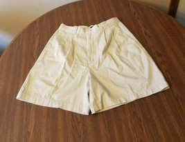 Dockers womens size 12 classic short pleated cotton 73 - $27.90