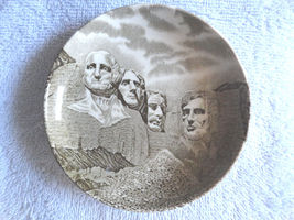 Mount Rushmore Souvenir Butter Plate Black Hills SD National Memorial En... - $16.89
