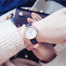 Love scale simple women quartz watch with vintage leather band 2019 lovely desig image 3