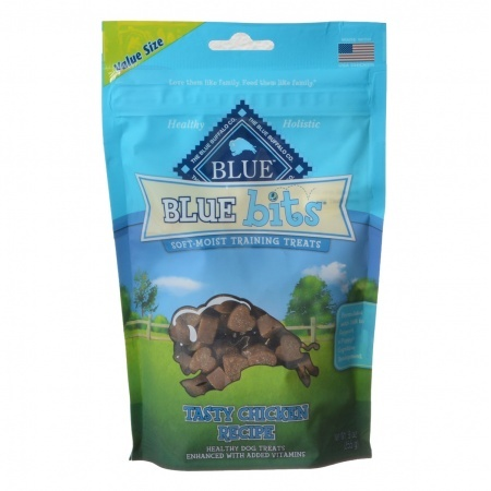 Blue buffalo blue bits soft moist training treats tasty chicken recipe