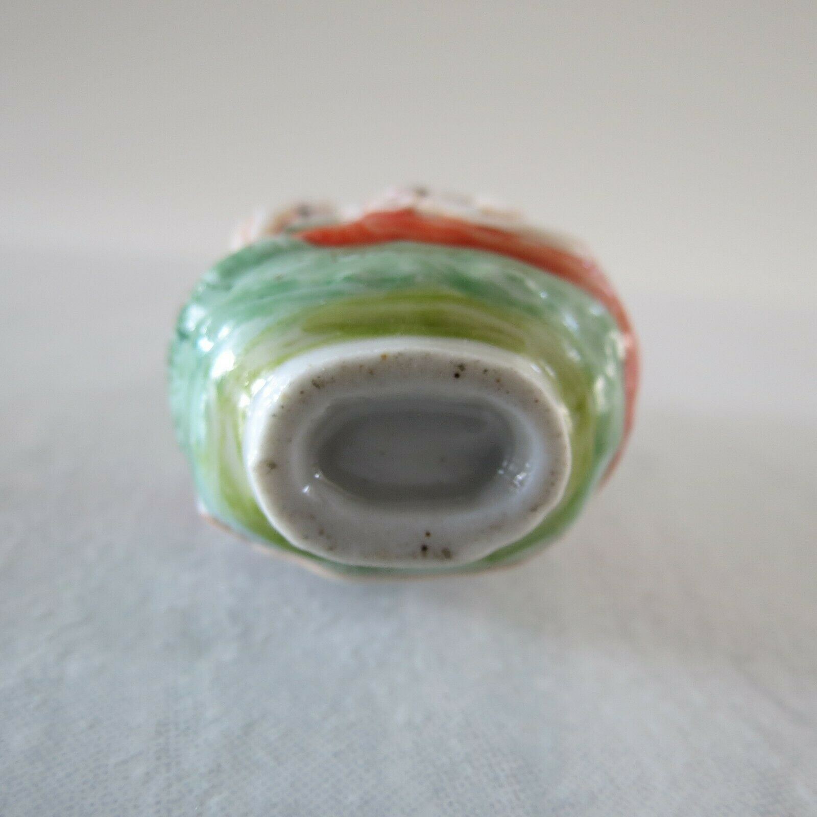 """Antique Chinese porcelain Snuff Bottle naked women 2.8""""x1.6x1.4 early 20th cen"""