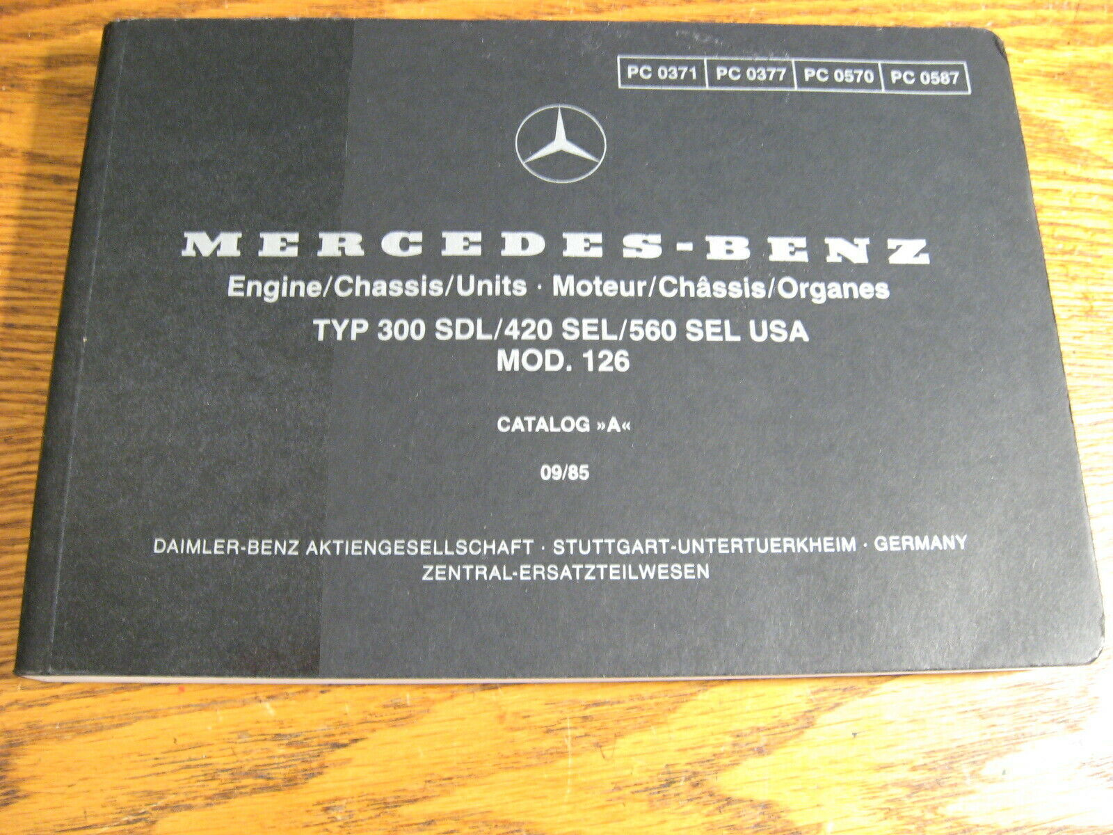 Mercedes-Benz Type 300 SDL 420 SEL 560 SEL Parts Catalog Manual 1986 - 1991 w126