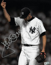 Jack McDowell signed New York Yankees 8X10 Photo (Middle Finger-Bronx Sa... - $29.95