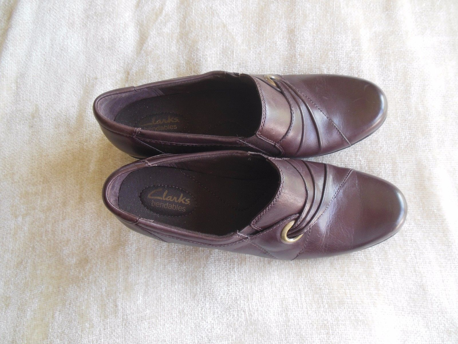 0d555f478f8 S l1600. S l1600. Previous. Clarks Bendables Women s Brown Leather Slip On Shoes  Size 9M · Clarks Bendables ...