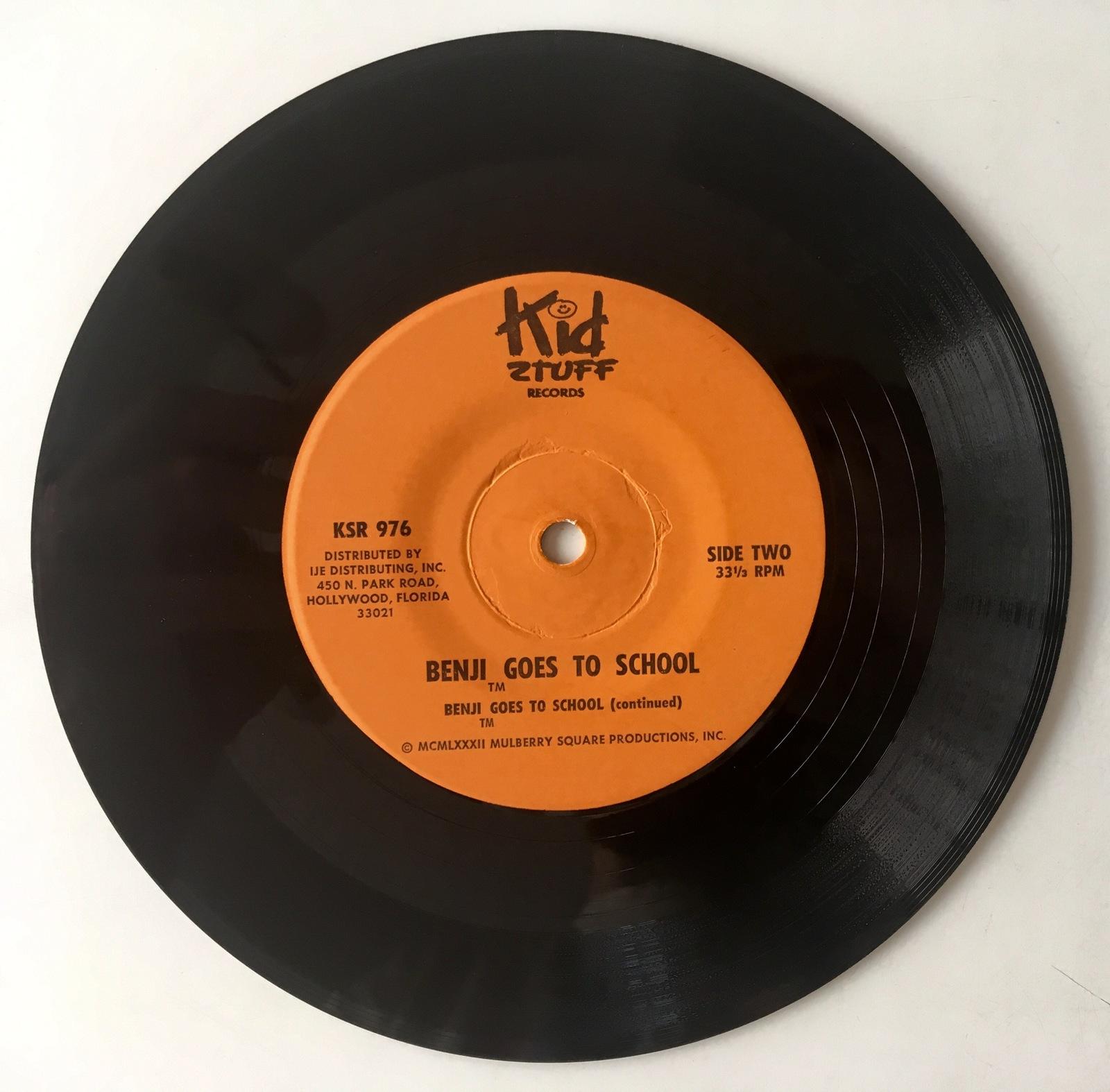 Benji Goes To School 7' Vinyl Record /  Book, KSR 976, 1982