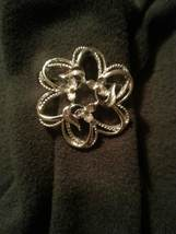 "Sarah Coventry Vintage ""Fleurette"" Pin Brooch 1970's - $10.00"