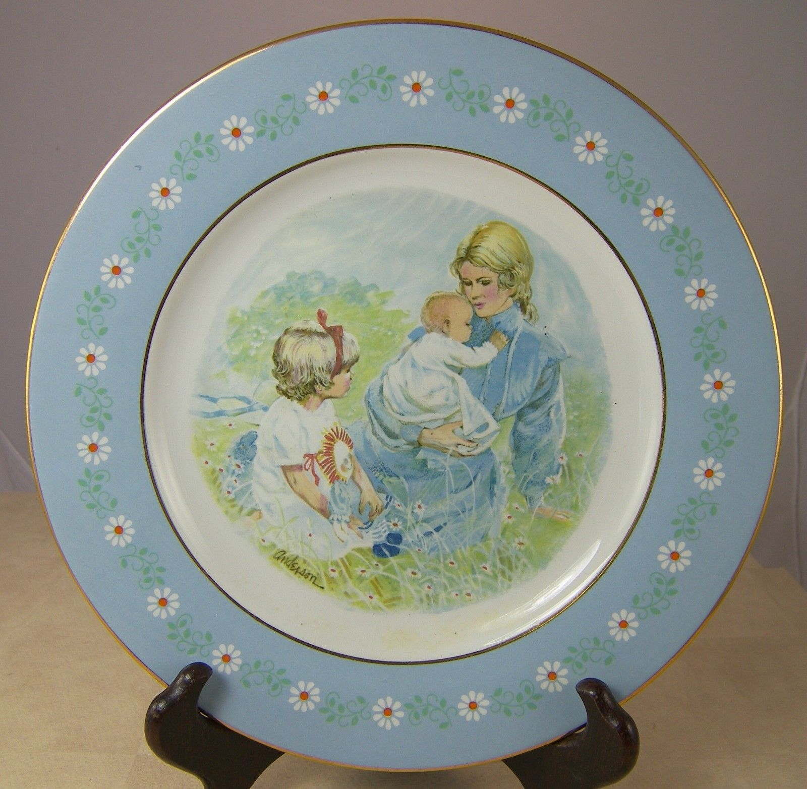 """AVON TENDERNESS Decorative PLATE MOTHER & CHILDREN 1974 by ANDERSON 9.25"""" Spain"""