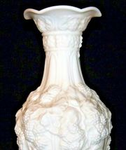 White Concorde Grape Flower Vase  AA19-1571 Vintage image 4