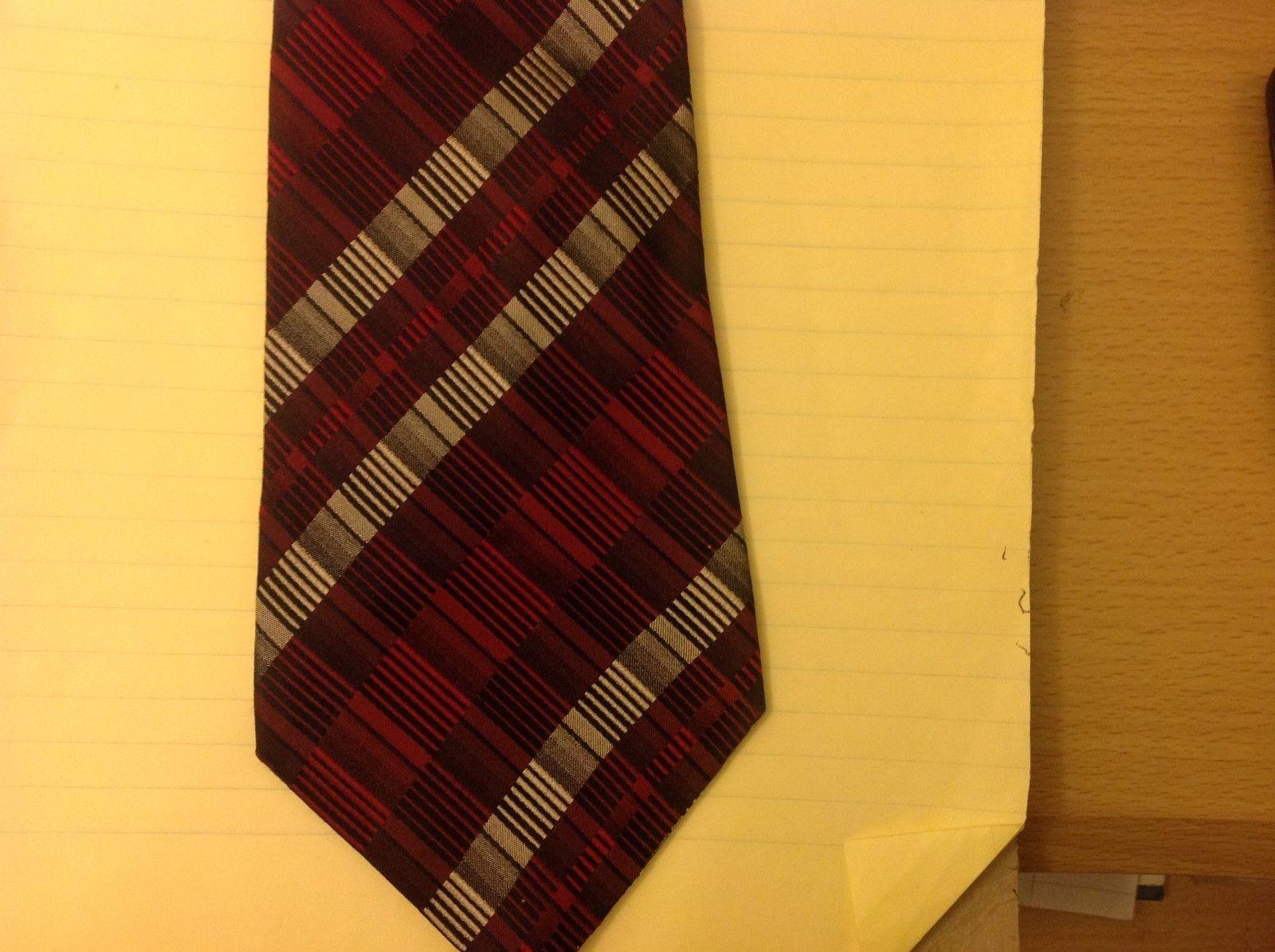 Geoffrey Beene Red Maroon Grey Silver Handmade Silk Tie